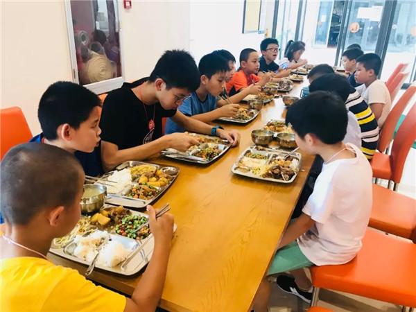 深圳少年冬令营餐标